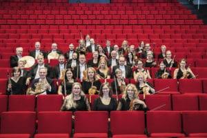 Uppsala Kammarorkester sittandes i Stora salen