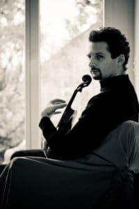 Fotografi på Ilya Gringolts taget av Tomasz Trzebiatowsk.