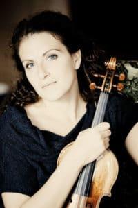 Porträttbild på Liza Ferschtman.