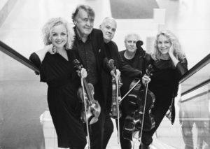 Uppsala Kammarsolister i rulltrappan konserthuset
