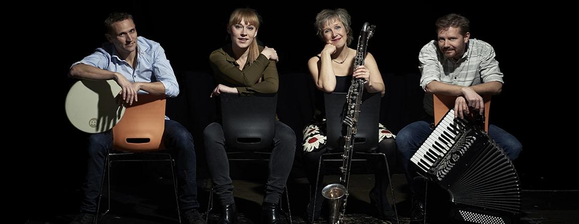 fyra musiker i gruppen Phönix