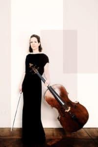 Marie Macleod med cello