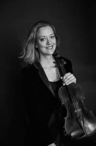 Ylva-Li Zilliacus med fiol