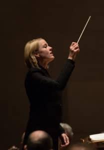 Dirigent Ruth Reinhardt