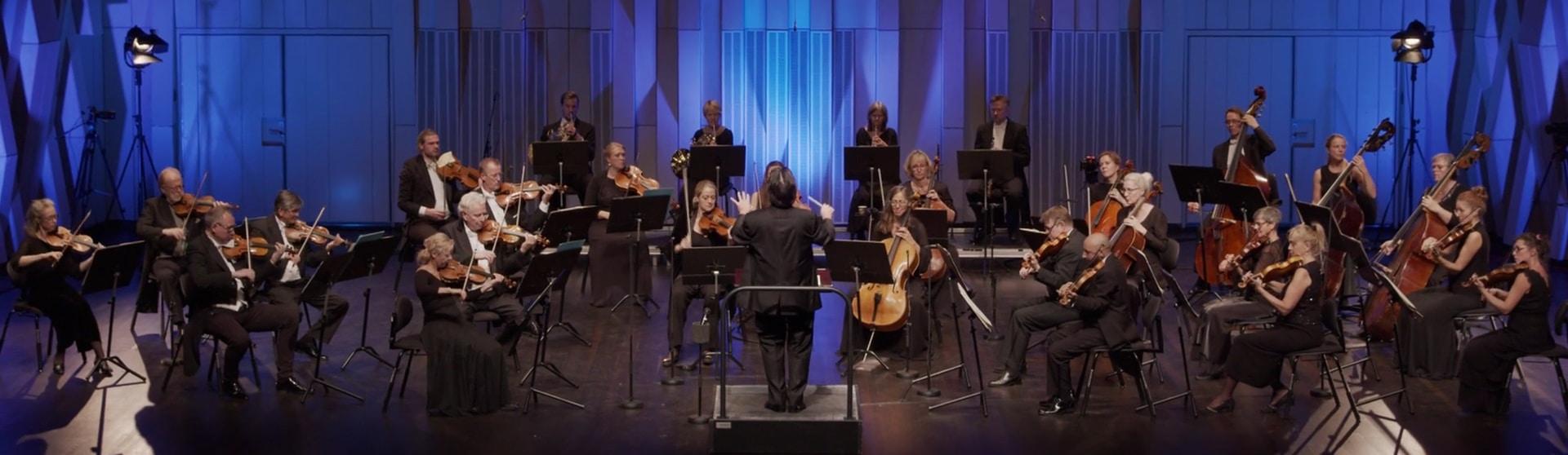 Foto från konserten Celloklassiker med Uppsala Kammarorkester